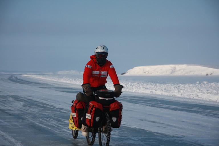ICE ROADS DEL ÁRTICO CANADIENSE 2009