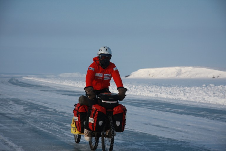 CANADIAN ARCTIC ICE ROADS 2009